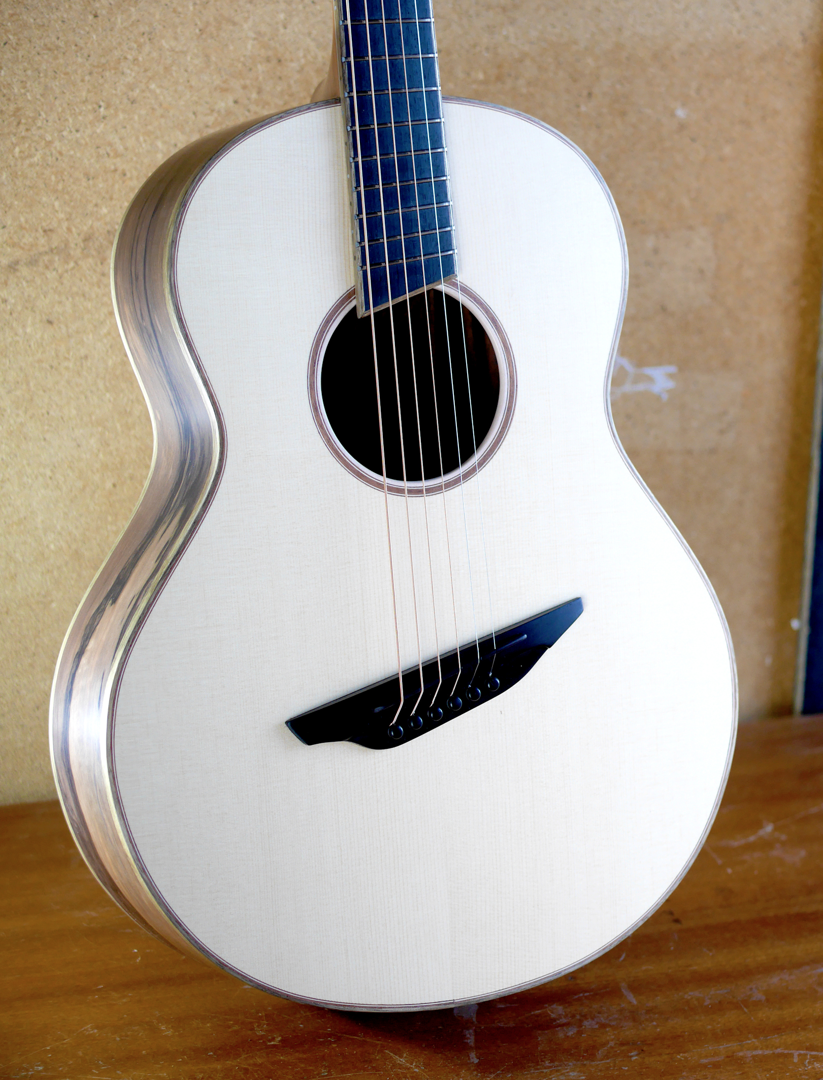 fan fret, spruce, ebony, luthier