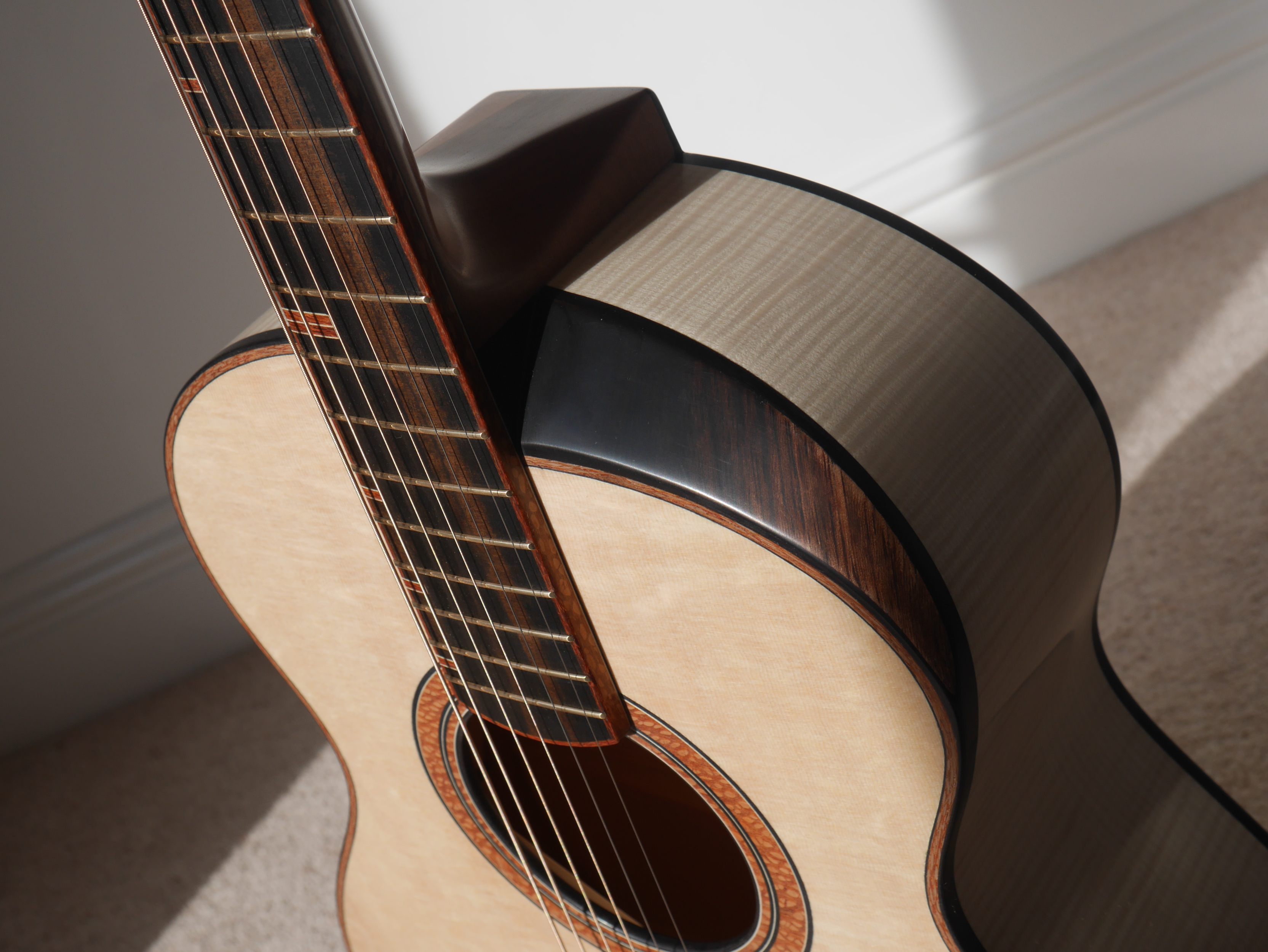 montgomery guitar, Andreas Montgomery, 12th fret, guitar bevel, cutaway, acoustic